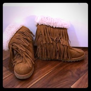 Steve Madden wedge fringe shearling boots 7.5
